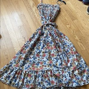 Dresses & Skirts - Floral summer dress w/waist tie & spaghetti straps
